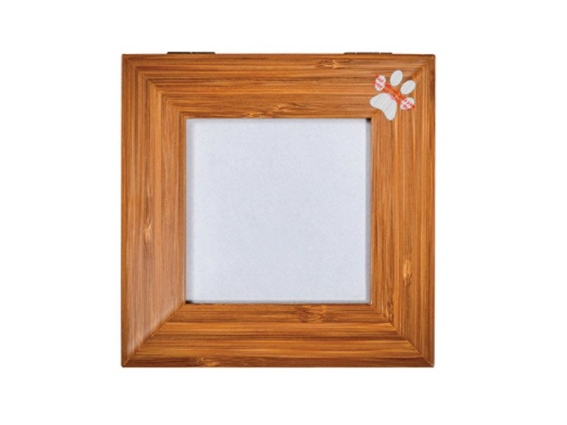 The Tribute Box photo urn can be personalised with engraving of your pet's own paw-print. Use the placeholder in the engraving tool to choose the position you want it to be engraved.